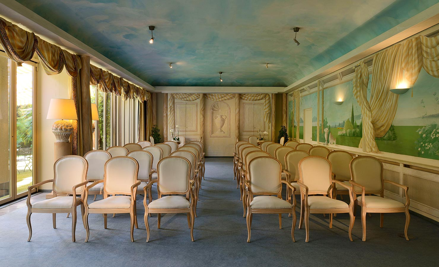 business_meetings-rooms_03.jpg